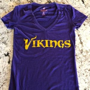 Minnesota Vikings PINK t-shirt